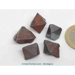 Magnétite - Pierre brute forme octaèdrique naturelle