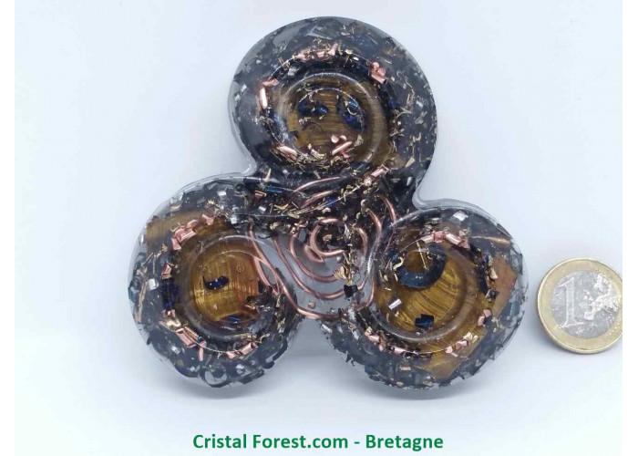 Orgonite Oeil de Tigre - Triskèle de protection - 8,9cm x Ep 2,3cm