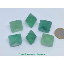 Fluorite  (Fluorine)  - Octaèdre Pierre brute
