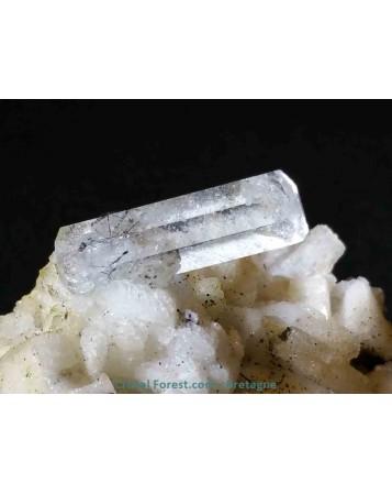 Aigue-marine gemme brute