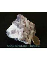 Amas de Spinelles mauves brutes sur quartz 234 gr