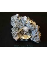 Chalcopyrite sur gangue de quartz