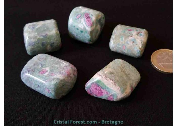Fuschite (Fuchsite) Rubis - Pierre roulée - 2.5 à 3.5cm / ≈ 20gr