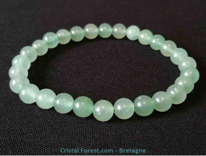 bracelet de pierre de jade verte pour lutter contre les angoisses